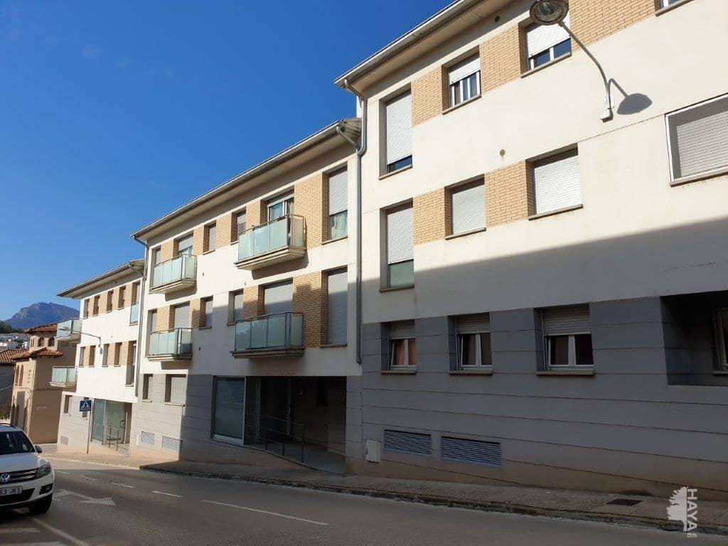 Piso en venta en Can Moca, Olot, Girona, Calle Miguel de Cervantes, 97.000 €, 2 habitaciones, 2 baños, 72 m2