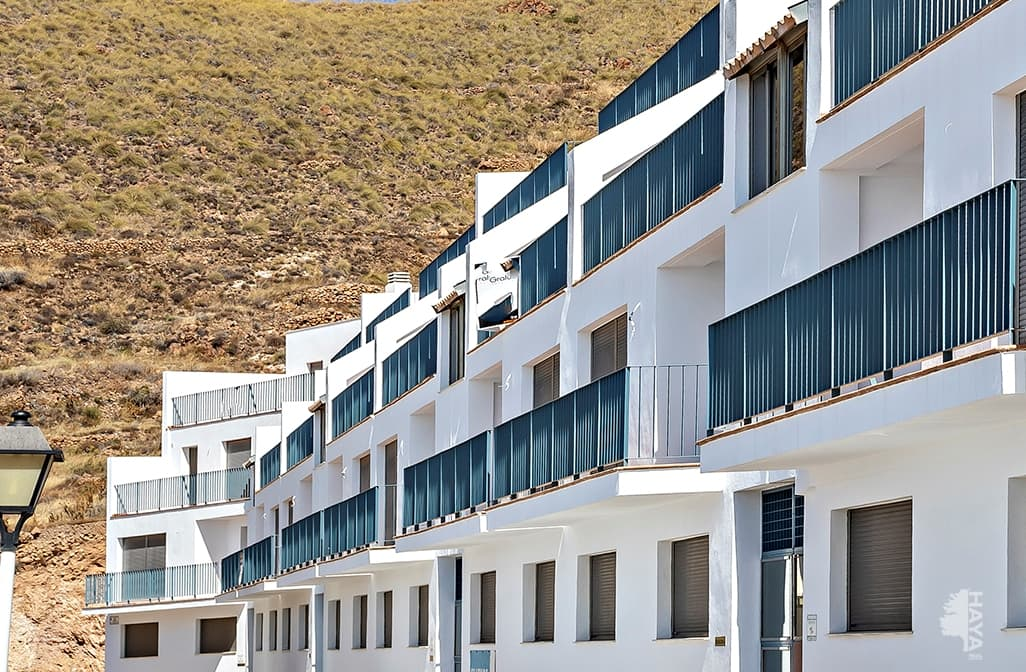 Piso en venta en Carboneras, Almería, Calle Miguel de Cervantes, 139.000 €, 4 habitaciones, 2 baños, 152 m2