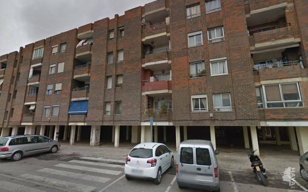 Piso en venta en El Port de Sagunt, Sagunto/sagunt, Valencia, Calle Azorin, 36.900 €, 3 habitaciones, 1 baño, 120 m2