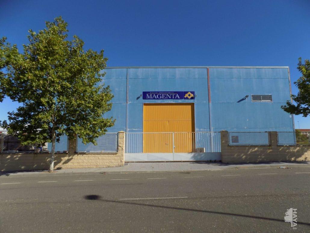 Industrial en venta en Polígono Industrial la Arenas. Sector 2, Malpartida de Cáceres, Cáceres, Calle Polig Ind.arenas Sector 3, 207.400 €, 1168 m2