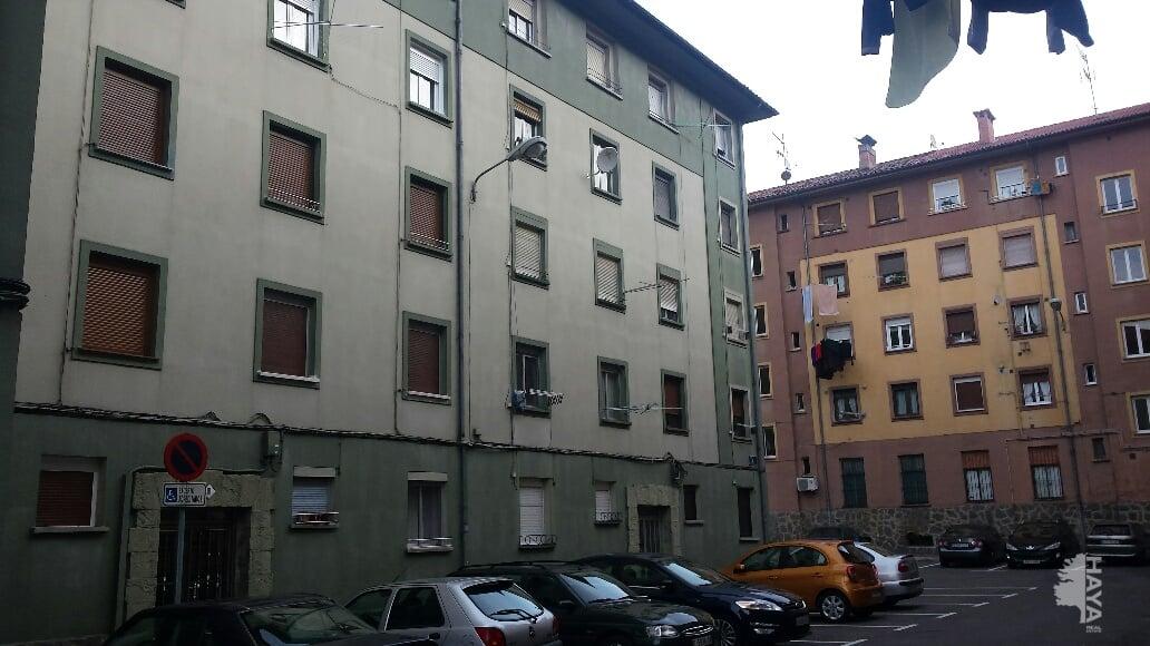 Piso en venta en Mieres, Asturias, Calle E, 25.844 €, 2 habitaciones, 1 baño, 49 m2