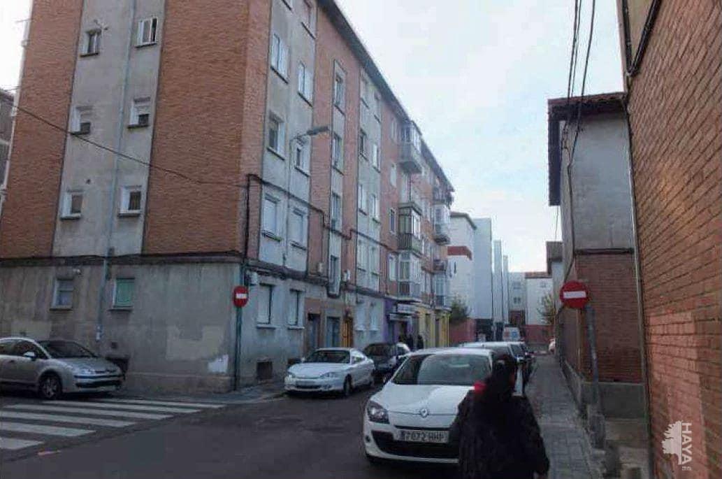 Piso en venta en El Carmen, Palencia, Palencia, Calle Sagrada Familia, 71.000 €, 3 habitaciones, 1 baño, 64 m2