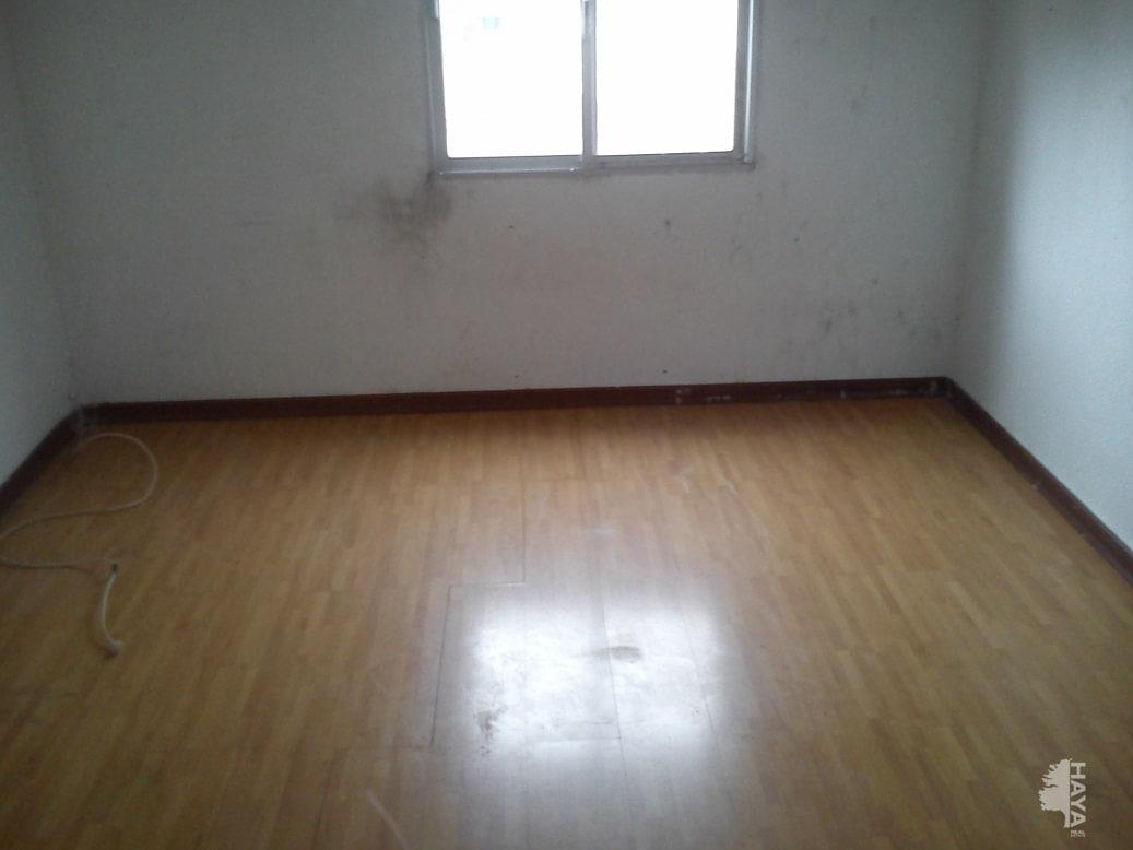 Piso en venta en Piso en Valdemoro, Madrid, 111.000 €, 3 habitaciones, 2 baños, 83 m2