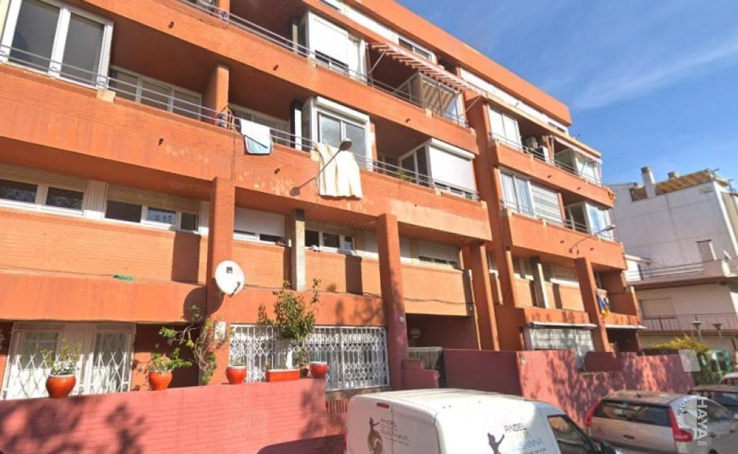 Piso en venta en Pineda de Mar, Barcelona, Calle Verdaguer, 175.400 €, 4 habitaciones, 2 baños, 106 m2