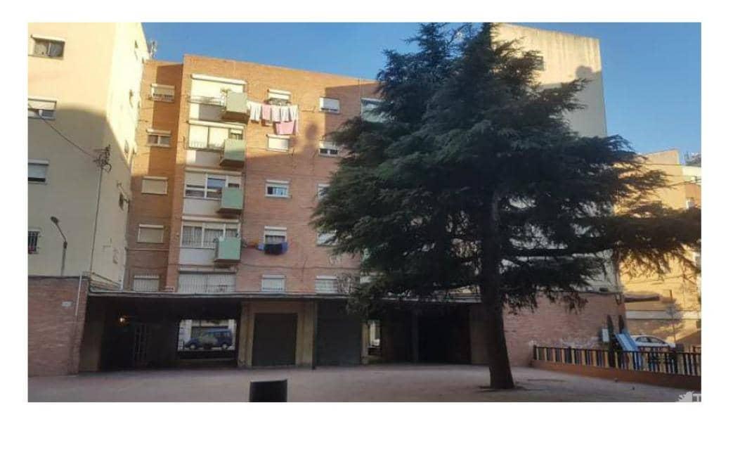 Piso en venta en Salt, Girona, Plaza Antoni Gaudi, 41.900 €, 3 habitaciones, 1 baño, 50 m2