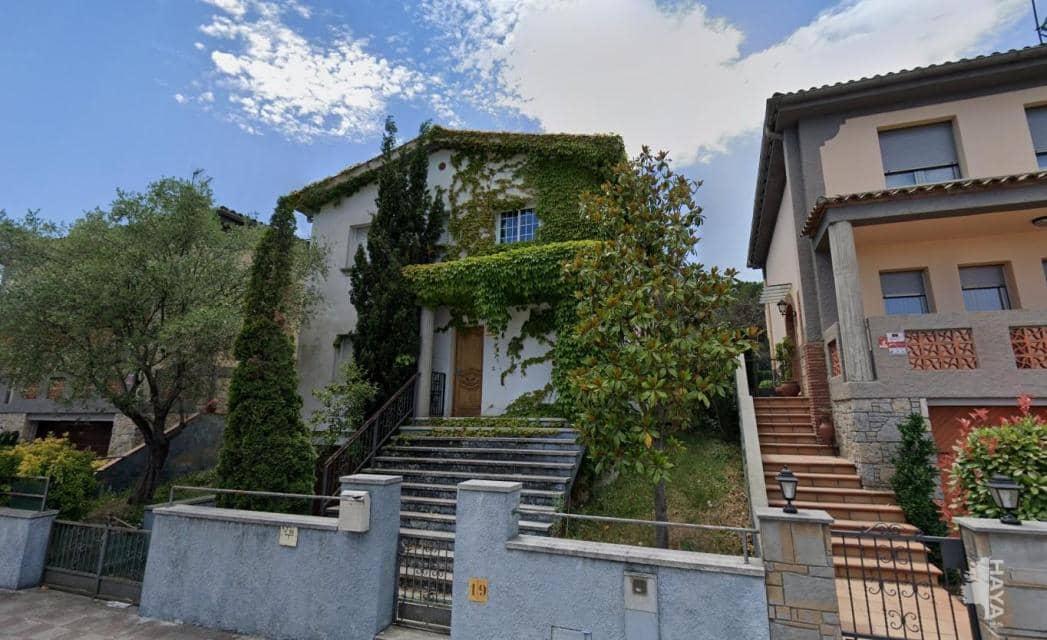 Casa en venta en Quart, Girona, Calle Dalt (de), 355.100 €, 4 habitaciones, 2 baños, 217 m2