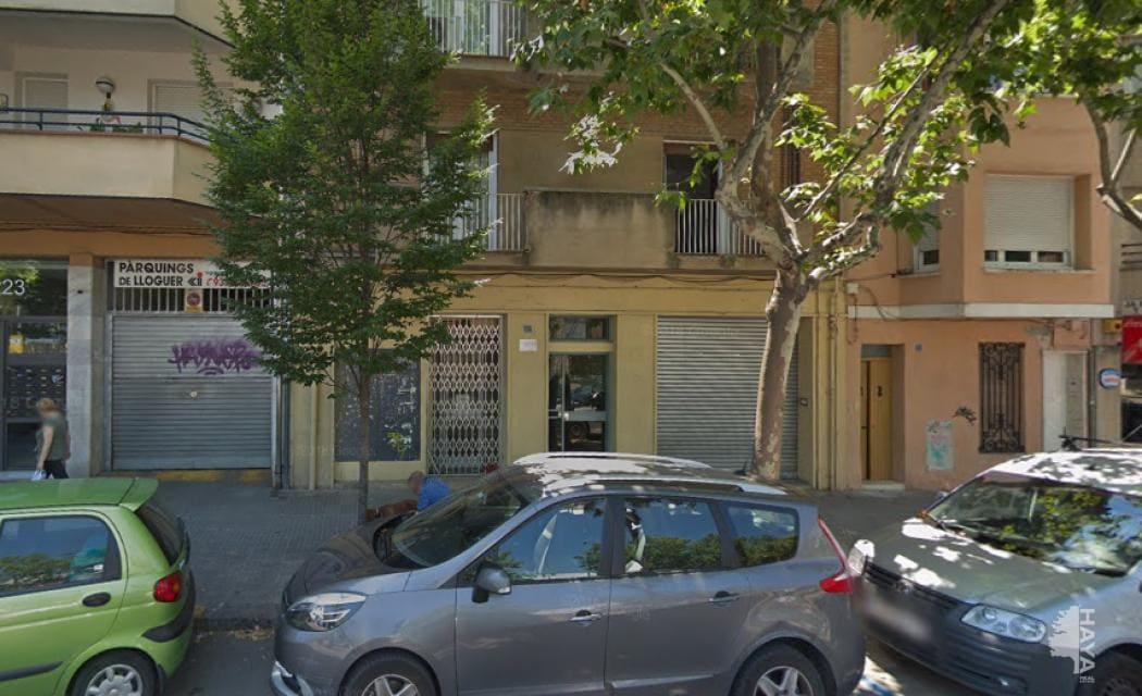 Local en venta en Pere Parres, Terrassa, Barcelona, Avenida Abat Marcet, 206.900 €, 330 m2