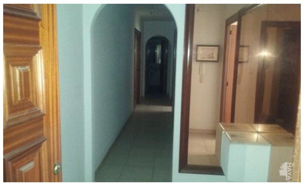 Piso en venta en Piso en Lleida, Lleida, 100.000 €, 4 habitaciones, 2 baños, 111 m2