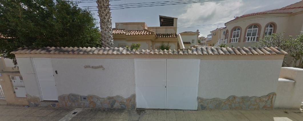 Casa en venta en San Miguel de Salinas, Alicante, Calle Nerja Entrepinos, 116.250 €, 2 habitaciones, 2 baños, 74 m2