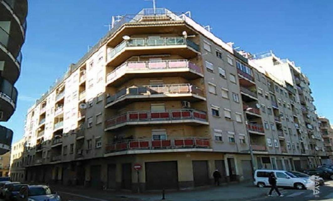 Piso en venta en Tortosa, Tarragona, Calle Illa de Genova (de L), 27.000 €, 3 habitaciones, 1 baño, 74 m2