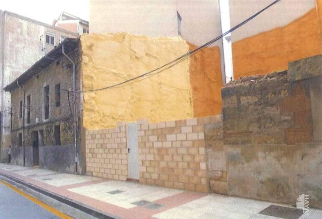 Piso en venta en Allende, Miranda de Ebro, Burgos, Calle Sorribas, 15.500 €, 3 habitaciones, 1 baño, 69 m2