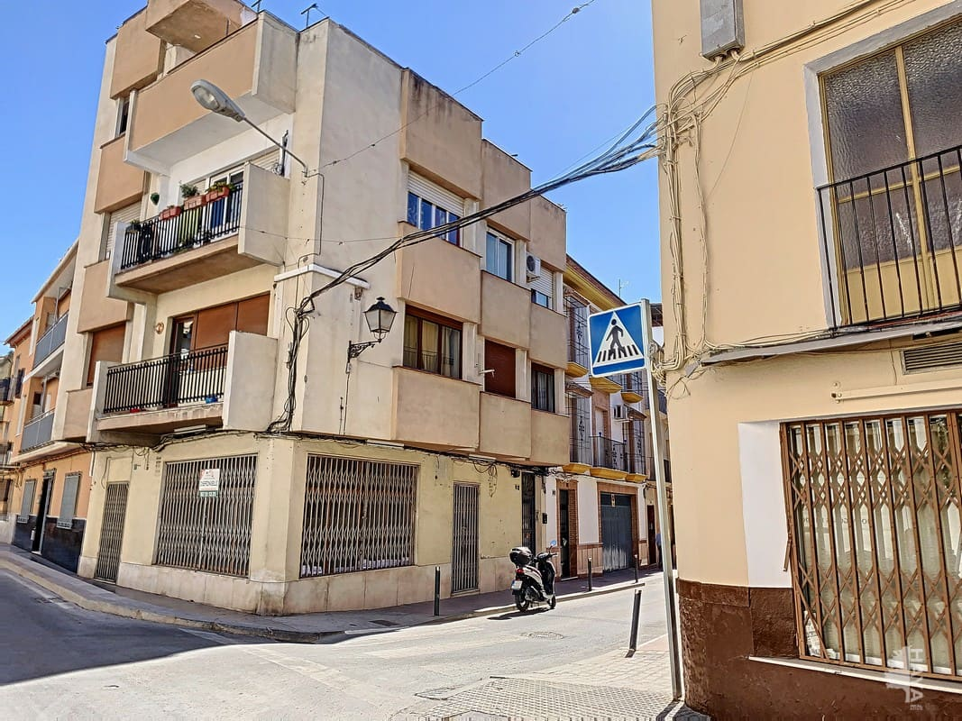 Piso en venta en Las Vegas, Lucena, Córdoba, Calle Santiago, 61.500 €, 2 habitaciones, 1 baño, 74 m2