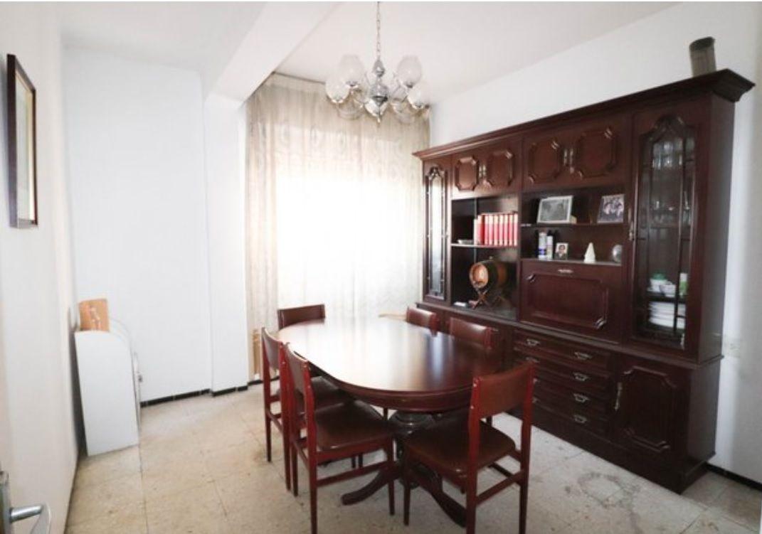 Piso en venta en 40006, Almería, Almería, Calle Arboleda, 62.000 €, 3 habitaciones, 1 baño, 85 m2