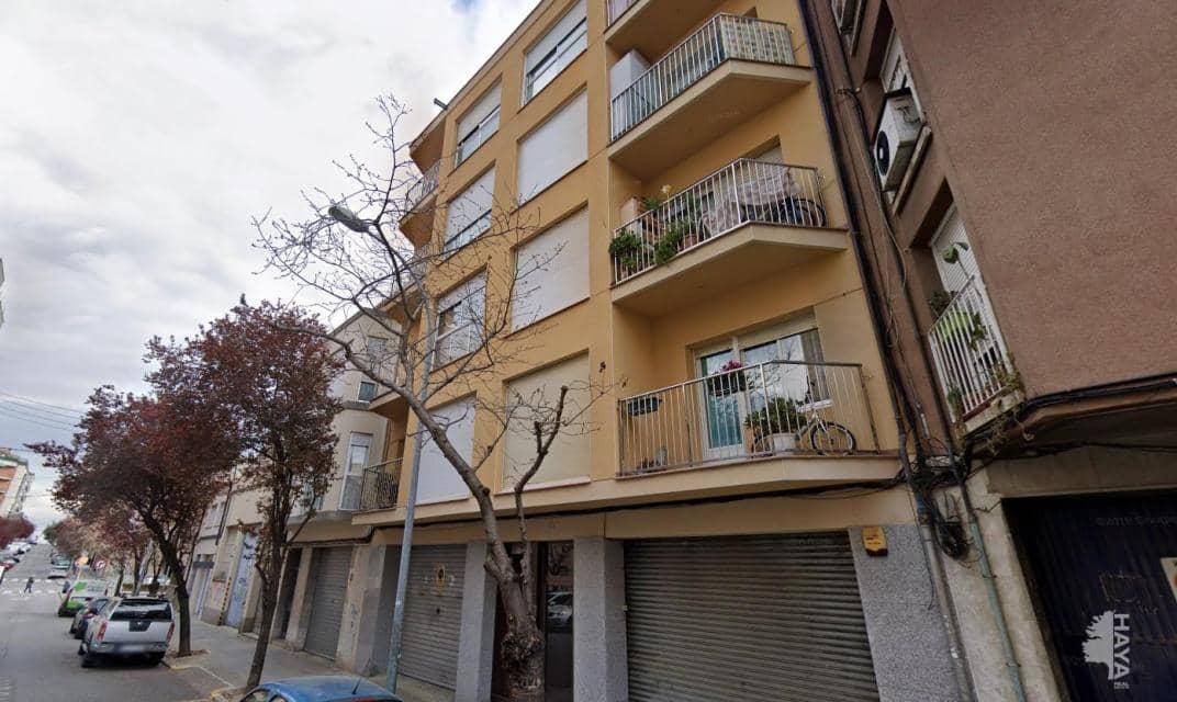 Piso en venta en Vallparadís, Terrassa, Barcelona, Calle Doctor Pearson, 141.500 €, 4 habitaciones, 1 baño, 74 m2