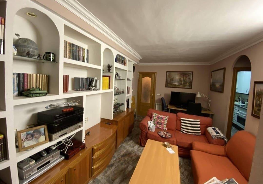 Piso en venta en Torrelles de Foix, Barcelona, Calle Raval, 62.900 €, 3 habitaciones, 1 baño, 67 m2