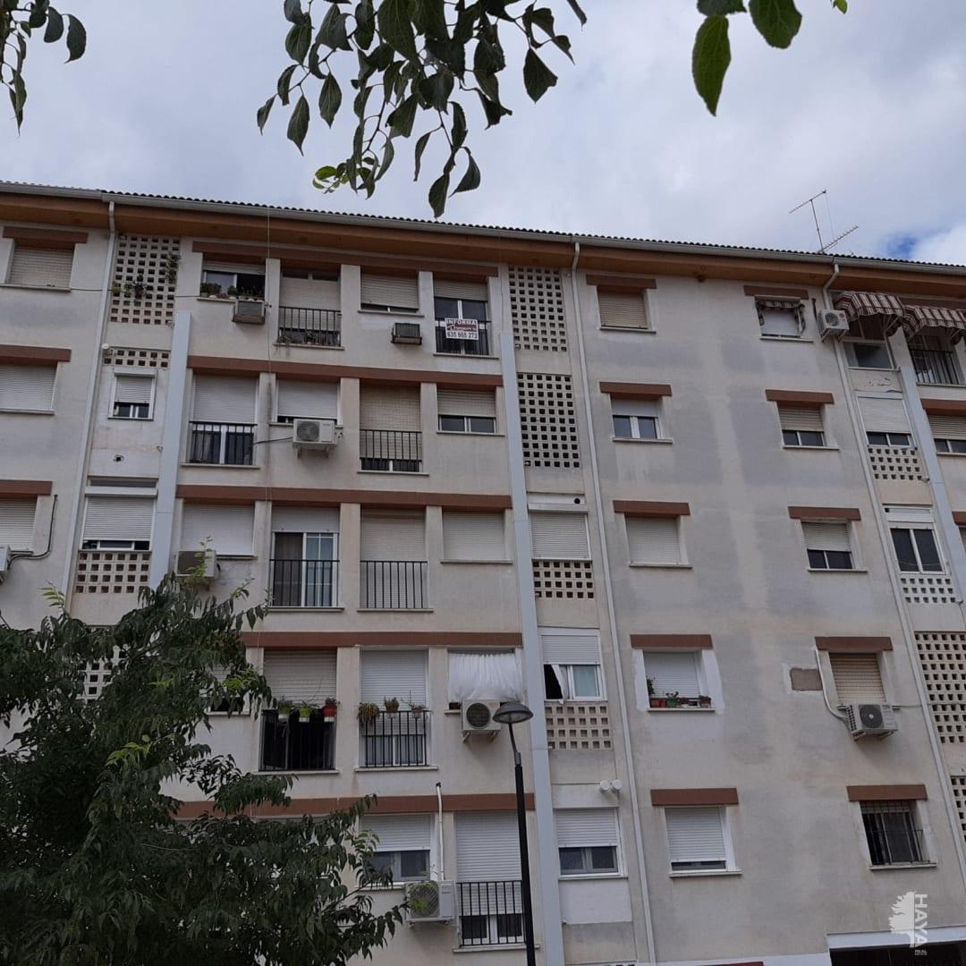 Piso en venta en Almendralejo, Badajoz, Avenida Goya, 40.635 €, 3 habitaciones, 1 baño, 113 m2