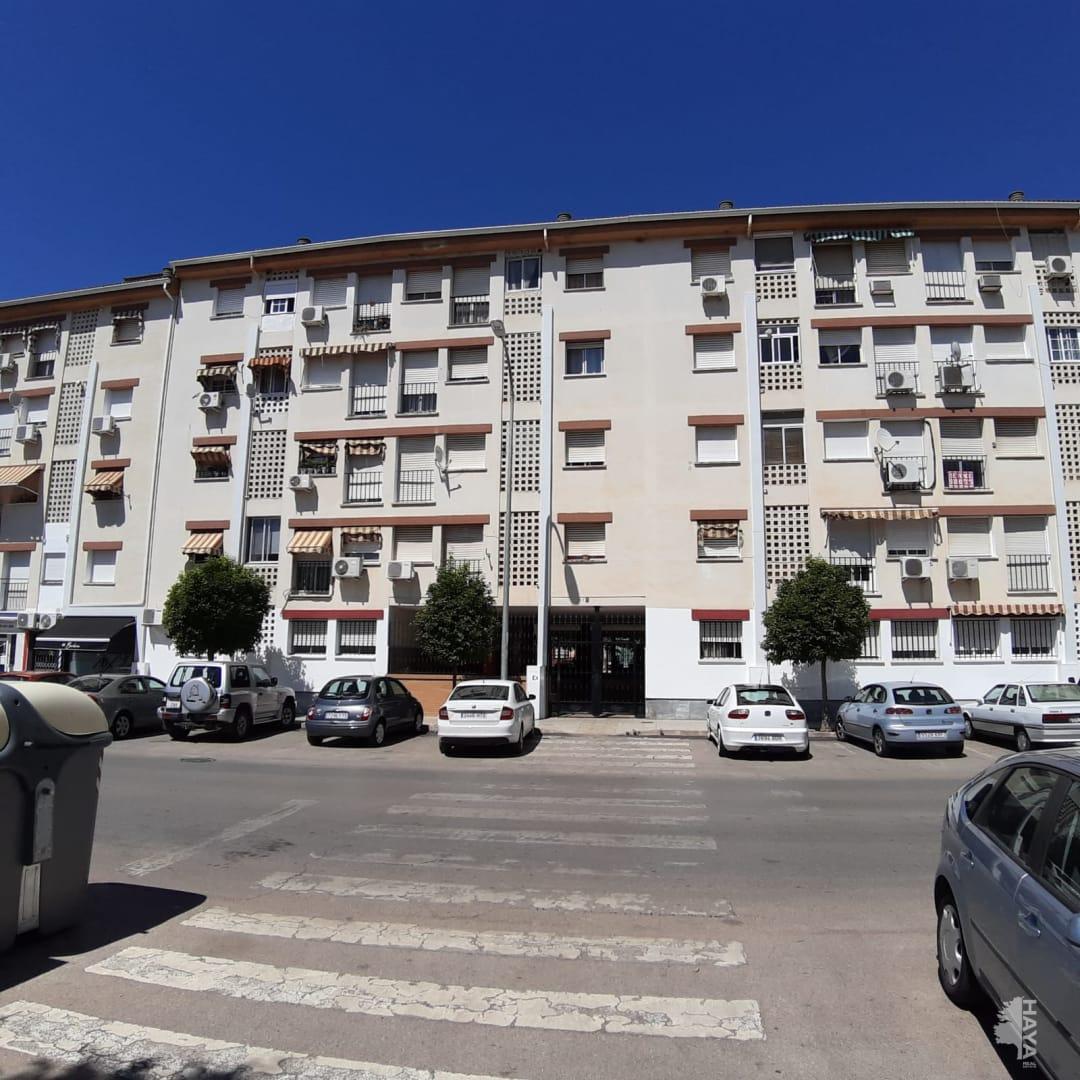 Piso en venta en Almendralejo, Badajoz, Avenida Goya, 48.760 €, 3 habitaciones, 1 baño, 113 m2
