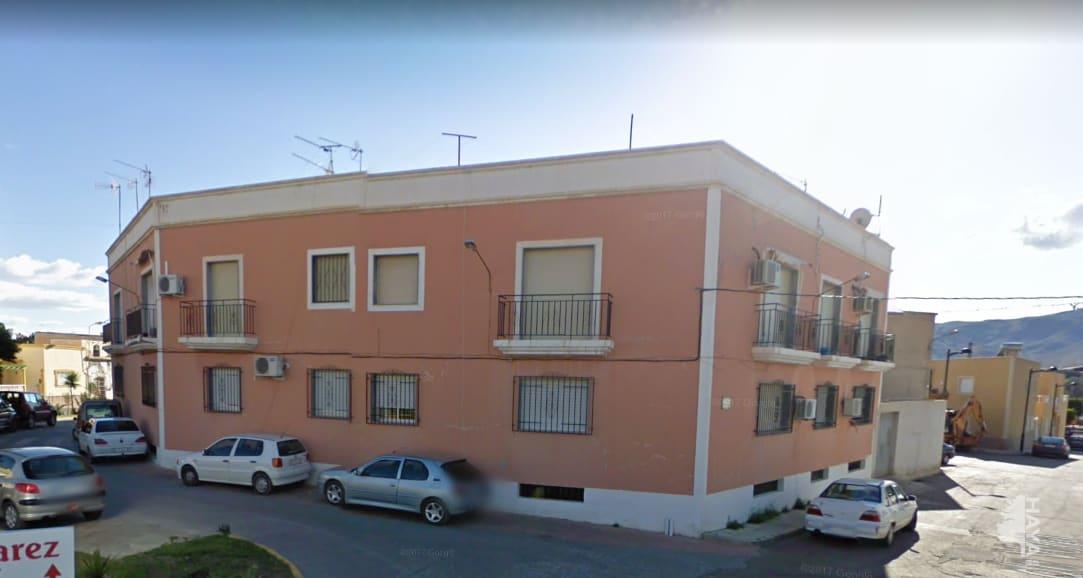 Piso en venta en Rioja, Almería, Calle Federico Garcia Lorca, 55.200 €, 2 habitaciones, 1 baño, 74 m2