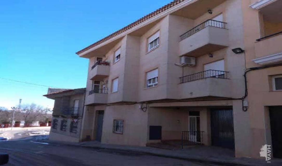 Piso en venta en Villarrobledo, Albacete, Calle Veleta Virgen, 72.000 €, 2 habitaciones, 1 baño, 112 m2