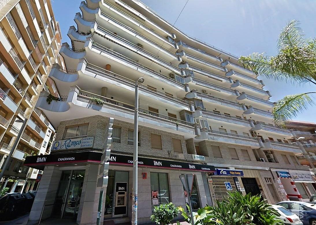 Local en venta en Motril, Granada, Calle Notario Gómez Acebo, 440.580 €, 262 m2