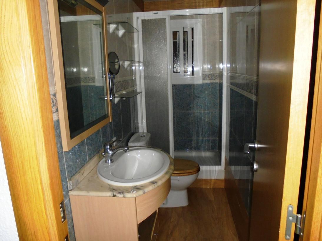 Piso en venta en Dalt de la Vila, Badalona, Barcelona, Calle Milan, 85.000 €, 3 habitaciones, 1 baño, 64 m2