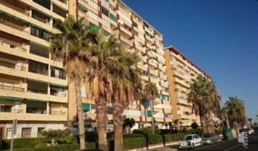 Piso en venta en Almuñécar, Granada, Paseo Reina Sofia, 75.500 €, 2 habitaciones, 2 baños, 68 m2