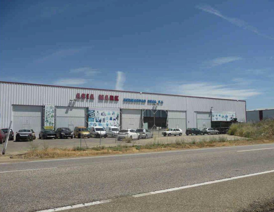 Industrial en venta en Valdefresno, León, Camino de Santiago, 504.400 €, 951 m2