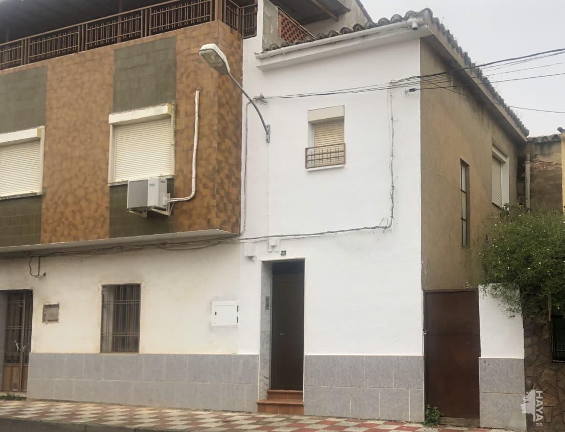 Piso en venta en Muro de Alcoy, Almadén, Ciudad Real, Avenida Norte, 37.375 €, 4 habitaciones, 1 baño, 132 m2