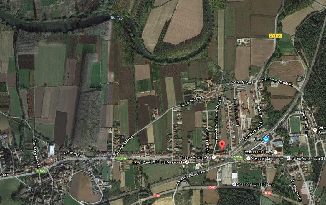 Piso en venta en Sant Joan de Mollet, Flaçà, Girona, Calle Comerç, 47.900 €, 3 habitaciones, 1 baño, 77 m2