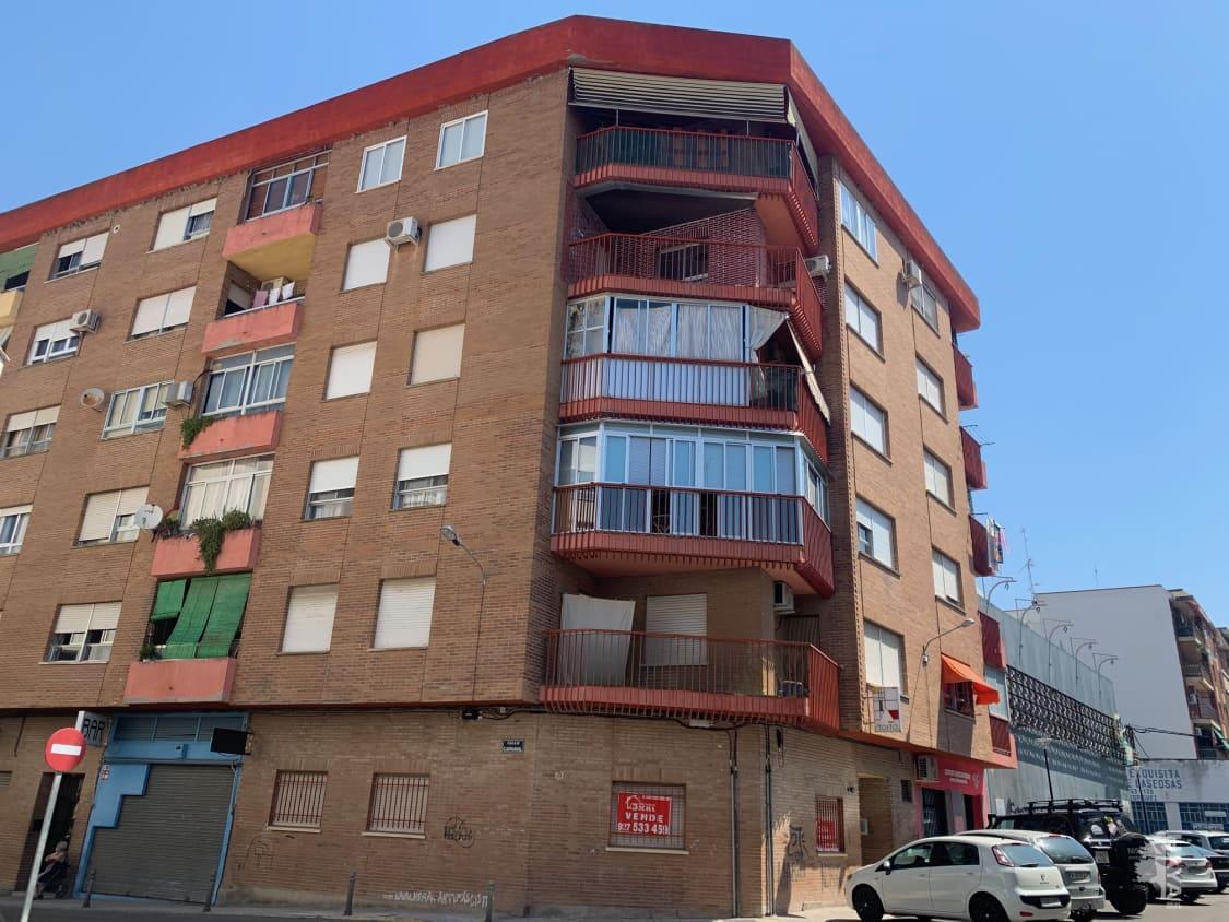 Piso en venta en Urbanización los Ángeles, Navalmoral de la Mata, Cáceres, Calle Carnaval, 57.276 €, 4 habitaciones, 1 baño, 105 m2