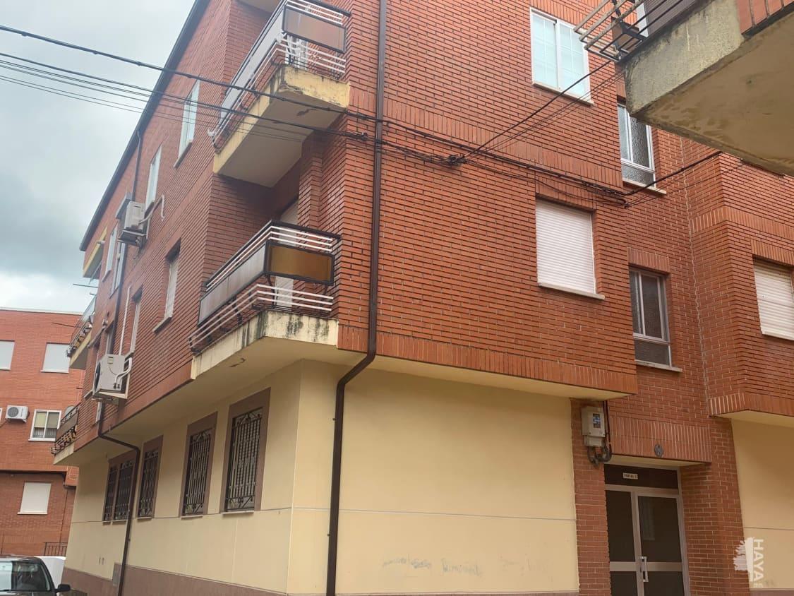Piso en venta en Jaraiz de la Vera, Jaraíz de la Vera, Cáceres, Calle Eulogio Velazquez Ramos, 59.100 €, 3 habitaciones, 1 baño, 94 m2