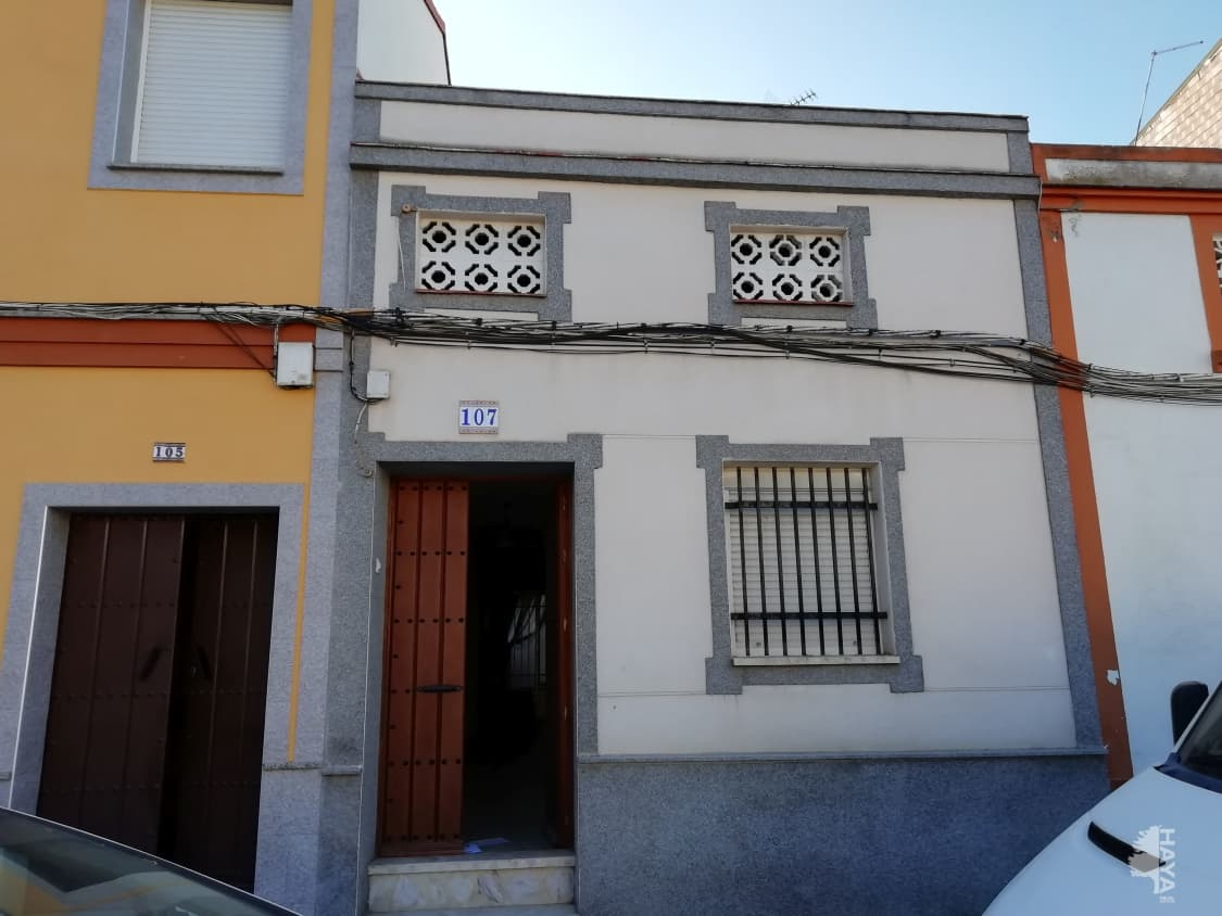Casa en venta en Don Benito, Badajoz, Calle Pescadores, 80.556 €, 1 baño, 137 m2