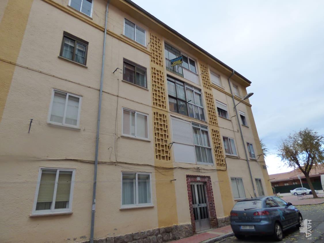 Piso en venta en Ávila, Ávila, Calle San Pedro de Alcantara, 29.100 €, 3 habitaciones, 1 baño, 54 m2