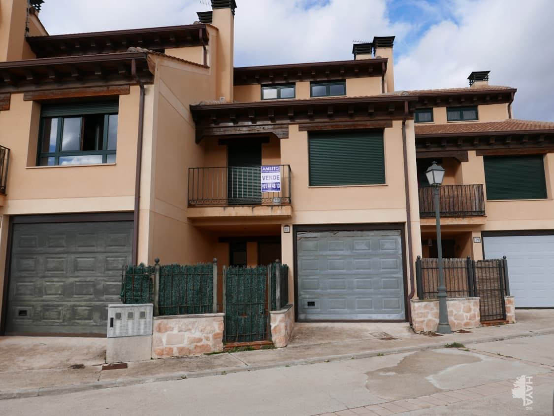 Piso en venta en Barbolla, Sepúlveda, Segovia, Calle Carrera Boceguillas, 115.000 €, 3 habitaciones, 1 baño, 237 m2