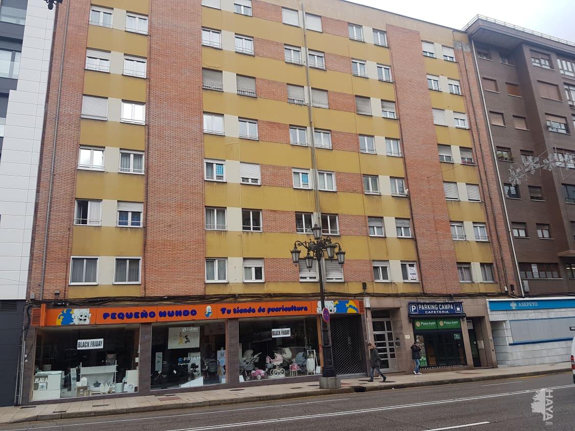 Piso en venta en Centro Y Casco Histórico, Oviedo, Asturias, Calle General Elorza, 82.000 €, 3 habitaciones, 1 baño, 94 m2