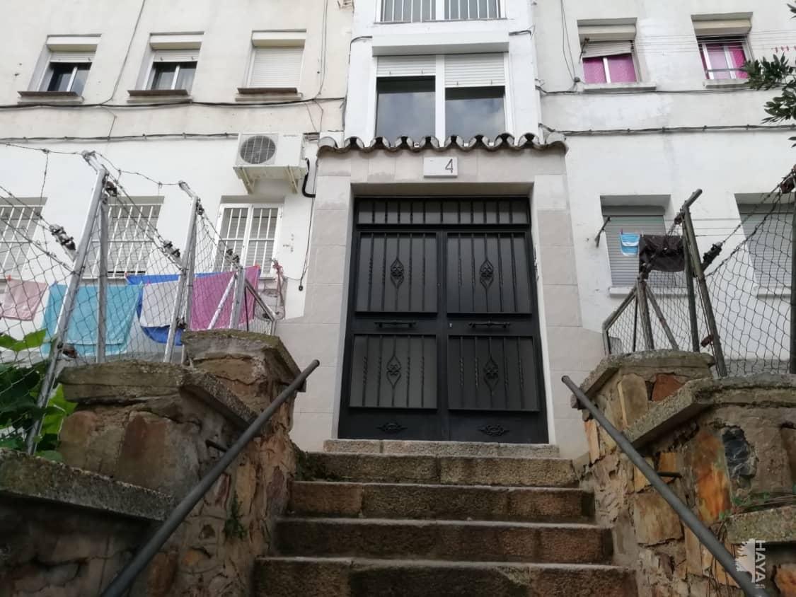 Piso en venta en La Abundancia, Cáceres, Cáceres, Calle Rio Poo, 30.000 €, 3 habitaciones, 1 baño, 55 m2