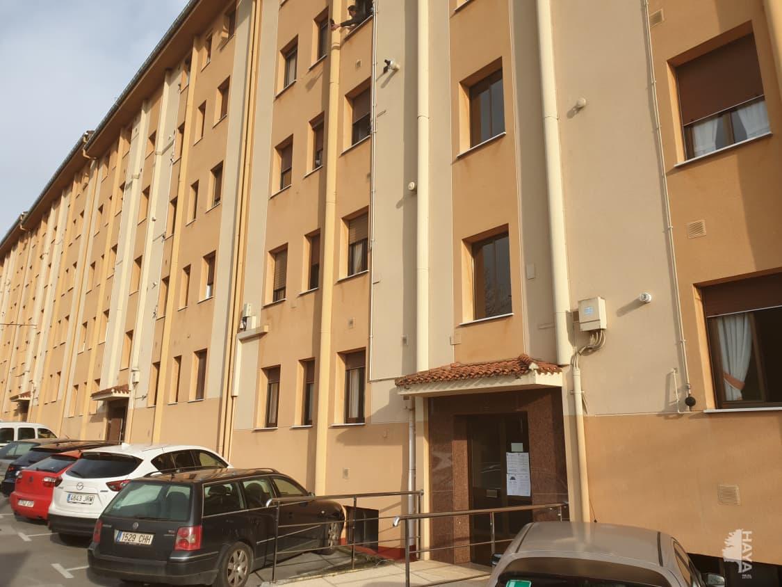 Piso en venta en Zaldibar, Zaldibar, Vizcaya, Avenida San Andres, 118.200 €, 3 habitaciones, 1 baño, 71 m2