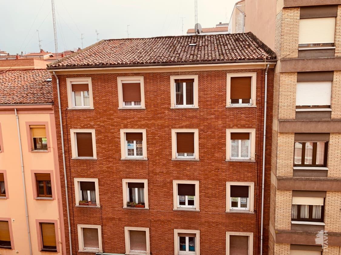 Piso en venta en Allende, Miranda de Ebro, Burgos, Calle Alfonso Vi, 66.000 €, 3 habitaciones, 1 baño, 88 m2