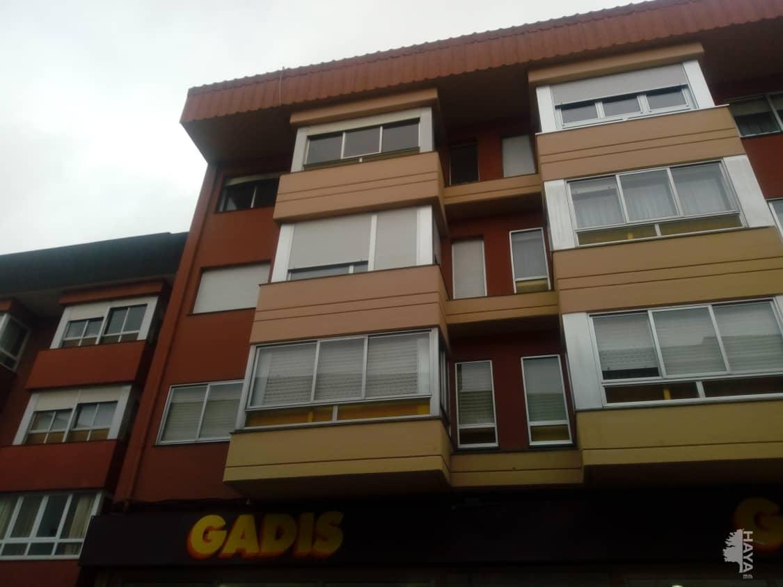 Piso en venta en O Temple, Cambre, A Coruña, Calle Constitucion, 94.000 €, 4 habitaciones, 2 baños, 168 m2