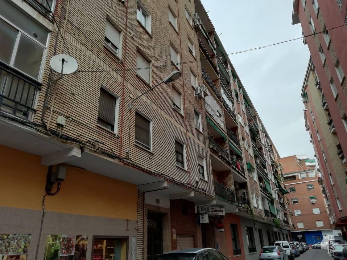 Piso en venta en Barrio de Santa Maria, Talavera de la Reina, Toledo, Calle Amor Divino, 42.000 €, 3 habitaciones, 1 baño, 84 m2