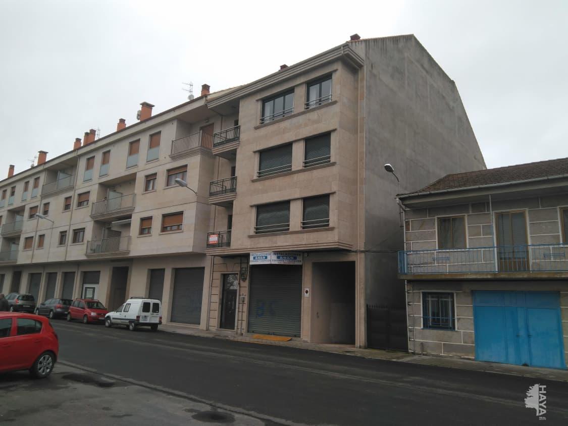 Piso en venta en Xinzo de Limia, Ourense, Calle Carmen Novoa Diz, 98.000 €, 2 habitaciones, 1 baño, 110 m2
