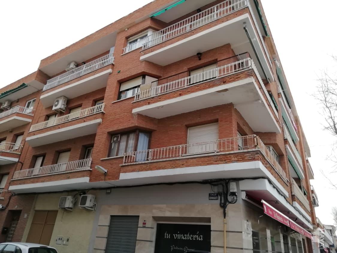 Piso en venta en Sonseca, Toledo, Avenida Europa, 54.495 €, 3 habitaciones, 1 baño, 100 m2