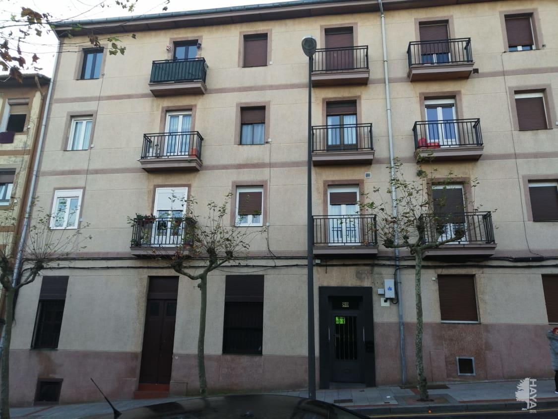 Piso en venta en Kueto, Sestao, Vizcaya, Calle Gran Vía, 100.380 €, 3 habitaciones, 1 baño, 543 m2