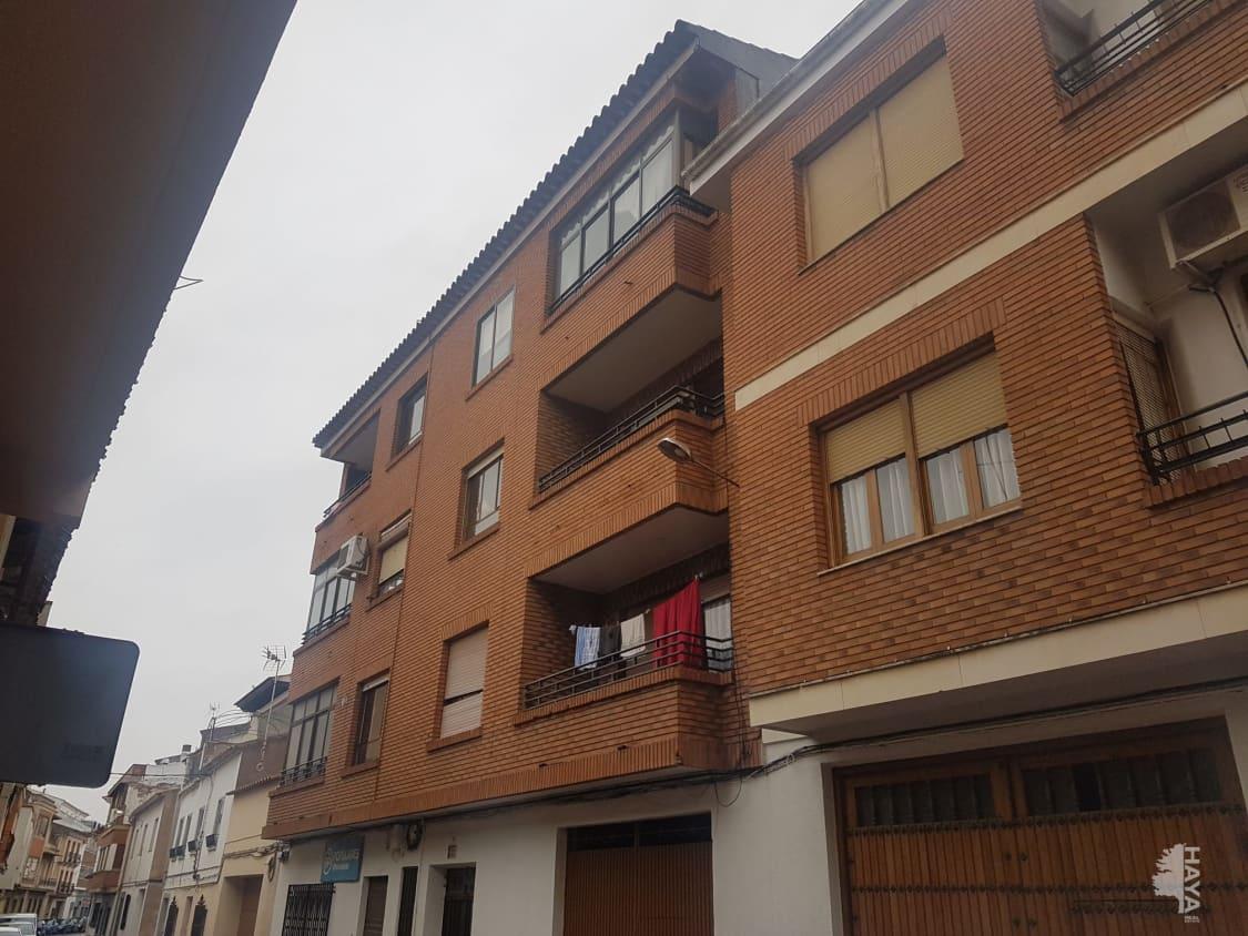 Piso en venta en Villarrobledo, Villarrobledo, Albacete, Calle Pedregal, 41.000 €, 4 habitaciones, 1 baño, 127 m2