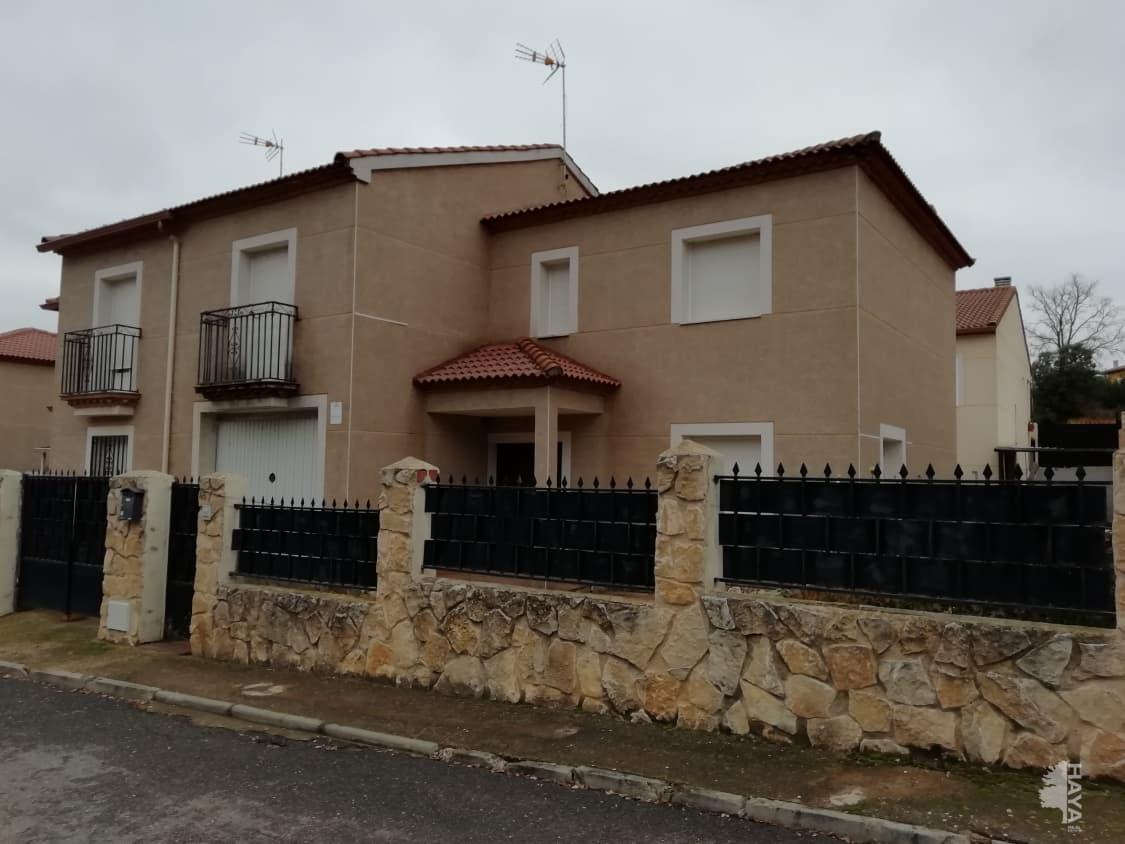 Casa en venta en Espinosa de Henares, Espinosa de Henares, Guadalajara, Calle de la Encina, 121.000 €, 4 habitaciones, 3 baños, 164 m2