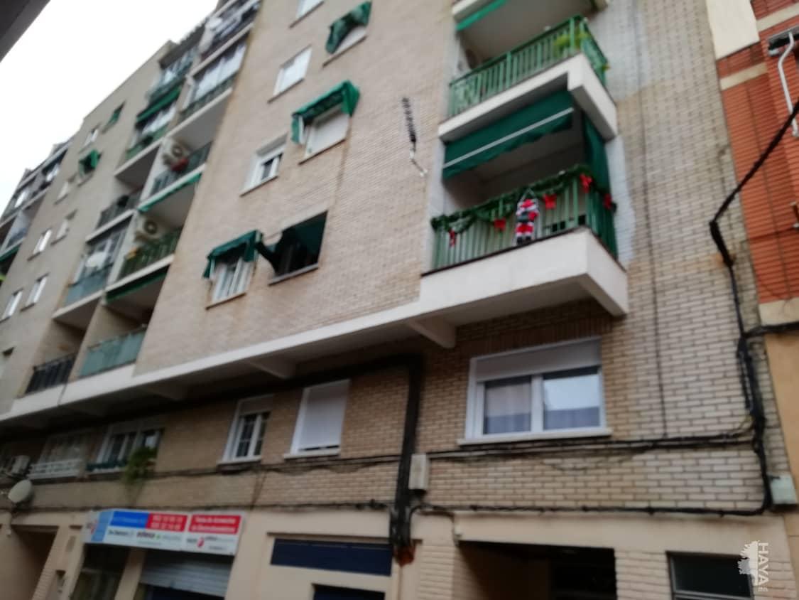 Piso en venta en La Magdalena, Valdepeñas, Ciudad Real, Calle Maestro Ibañez, 82.000 €, 3 habitaciones, 1 baño, 100 m2
