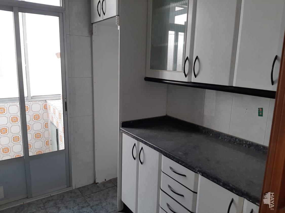 Piso en venta en Piso en Valladolid, Valladolid, 51.000 €, 3 habitaciones, 1 baño, 78 m2
