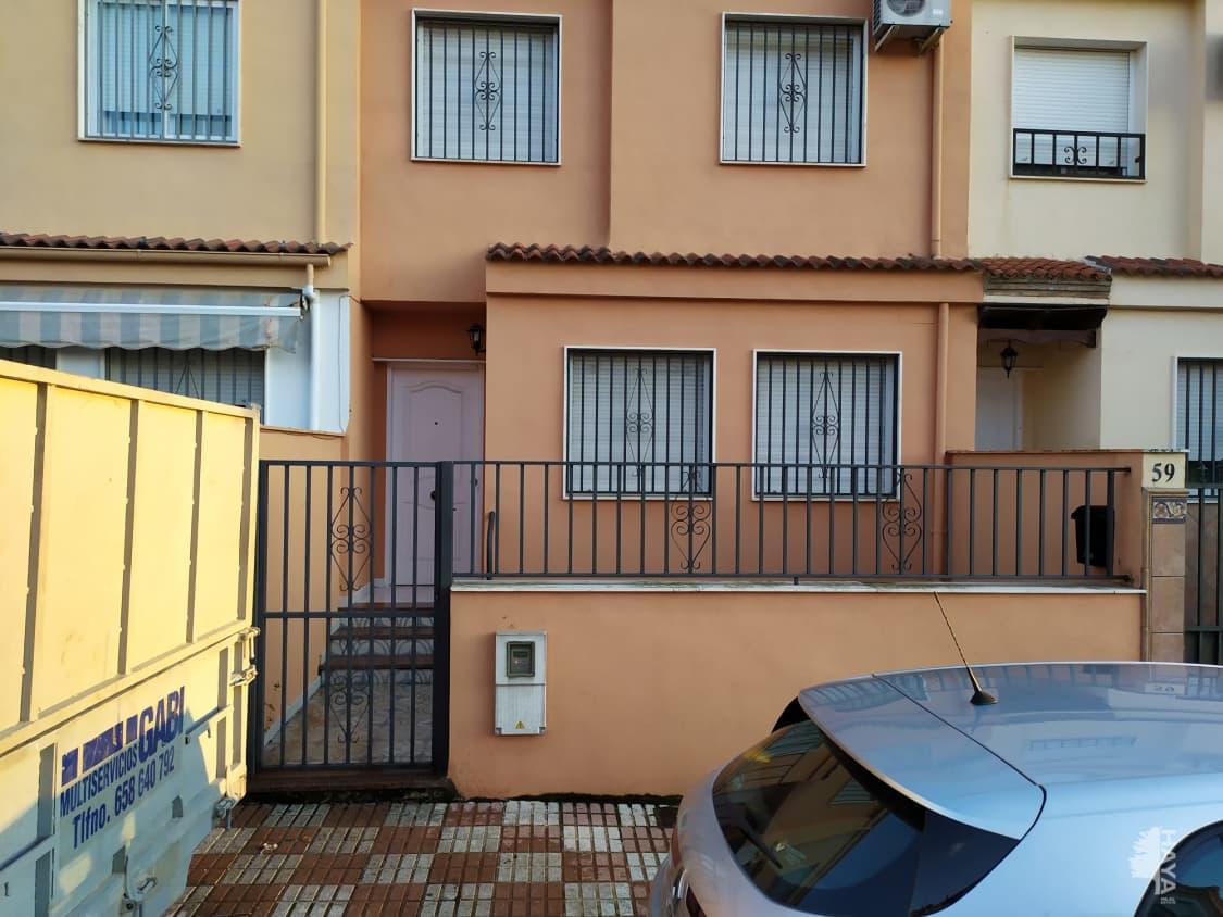 Casa en venta en La Carolina, Jaén, Calle Aldeaquemada, 49.568 €, 3 habitaciones, 2 baños, 93 m2