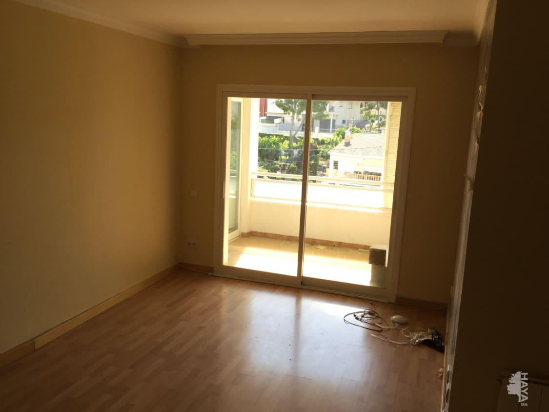 Piso en venta en Vilanoveta, Sant Pere de Ribes, Barcelona, Calle Aneto, 171.000 €, 3 habitaciones, 1 baño, 118 m2