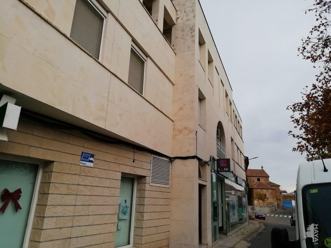 Piso en venta en Noez, Toledo, Plaza Primo de Rivera, 78.500 €, 3 habitaciones, 1 baño, 110 m2